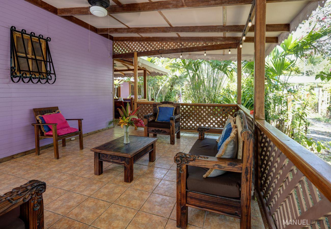 Casa en Punta Uva - Casa Violeta frente a Playa Arrecife!
