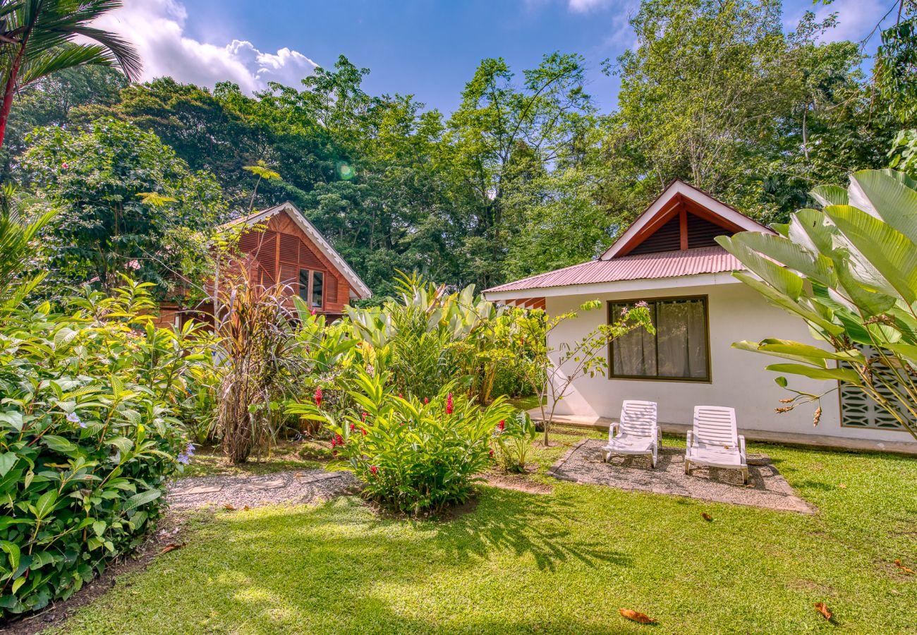 Bungalow en Puerto Viejo - Tropy Bungalow en el Caribe Sur