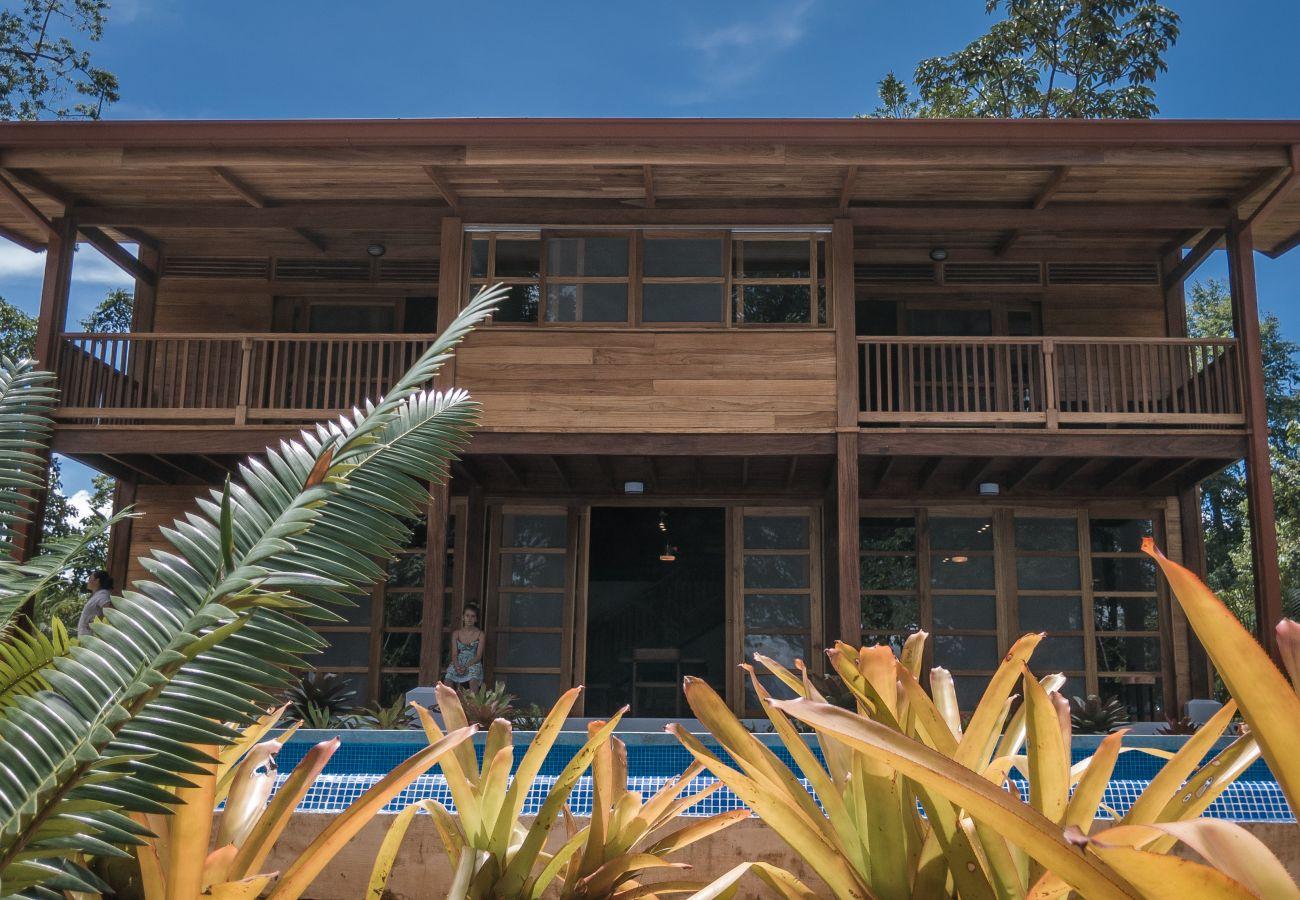Maison à Punta Uva - Panorama Verde Pool House