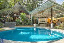 Villa in Playa Chiquita - Casa Bella, Bonita, & Sol with...