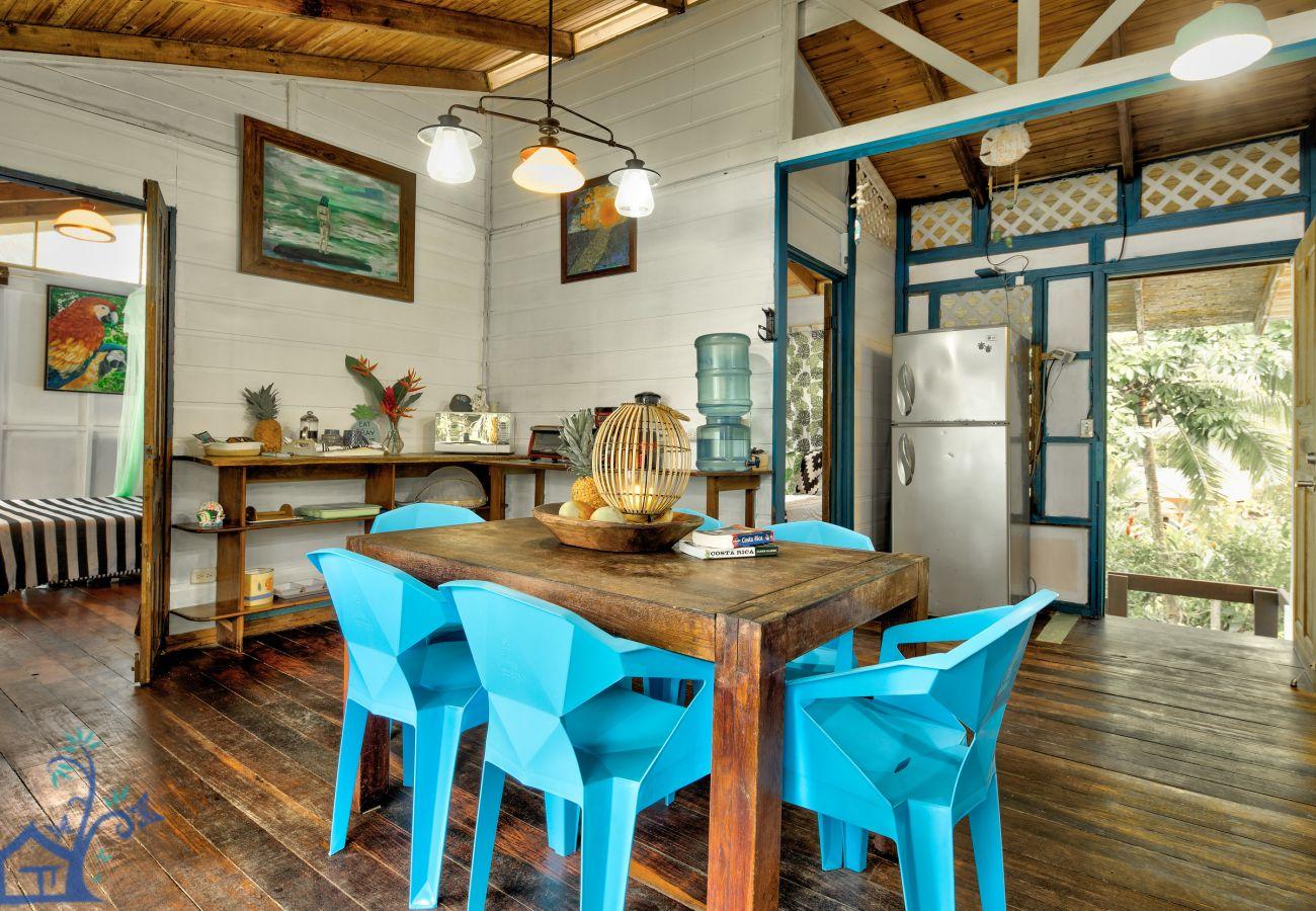 House in Punta Uva - Rincones Magicos Beachfront!